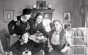Gertrude Stein with friends circa 1934. Photograph from the Yale Collection of American Literature Beinecke Rare Book and Manuscript Library